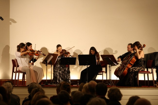 Copenhagen Festival Ensemble Amelia Jakobsson, Marie Hanskov, Loussine Azizian, Kristina Fialova, Cecylia Fenrych, Petr Nouzovsky