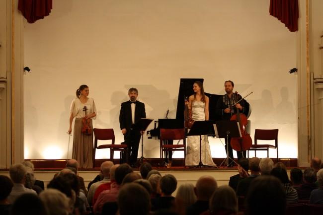 Copenhagen Festival Ensemble Marie Hanskov Kristina Fialova Petr Nouzovsky  Dimitri Wesselowski 3